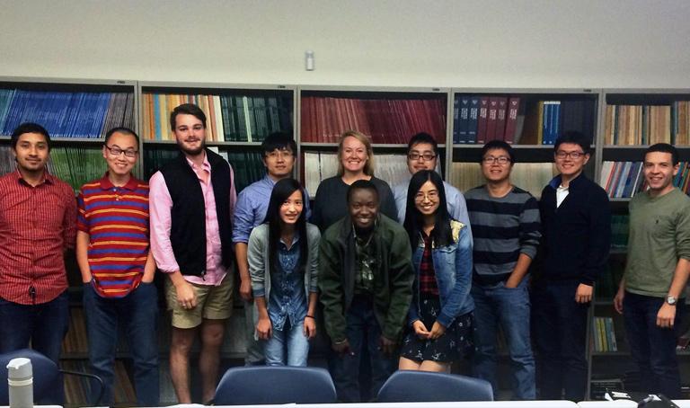 Students at ITE Biweekly Meeting